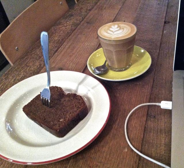 holybelly-coffeeshop-cafe-brunch-5-www.jesuislinsolente.com