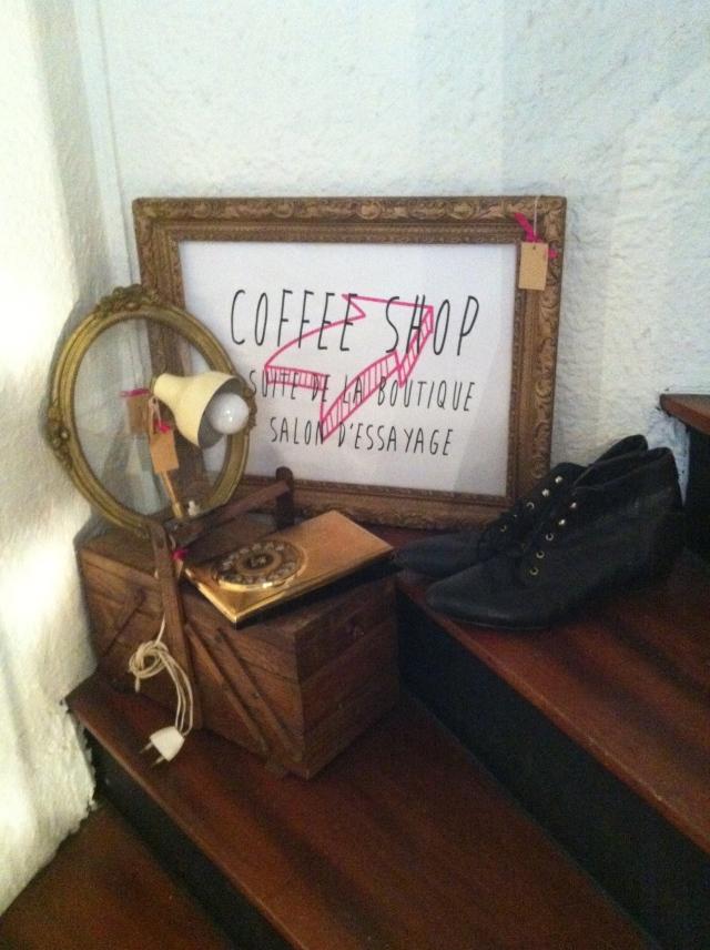 calendrier_de_l_avent_je_suis_linsolente_epistrophe_vintage_paris_noel_blogup_3