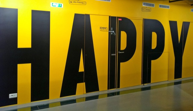 the_happy_show_stefan_sagmeister_gaite_lyrique_je_suis_linsolente_paris_1012014