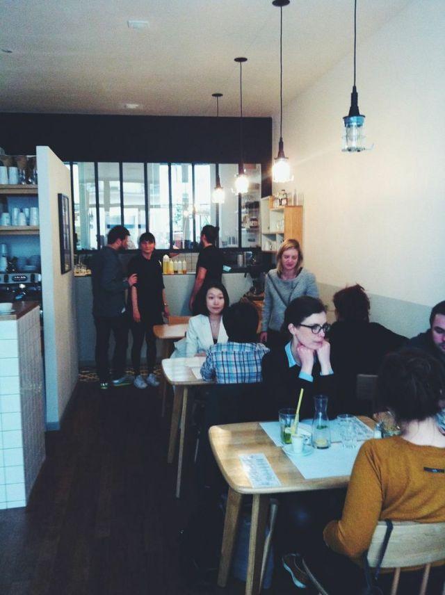 paperboy_café_coffee_shop_brunch_paris_4
