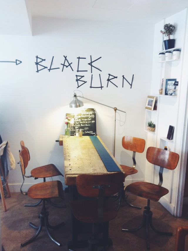 Blackburn_coffee_shop_café_paris_linsolente11
