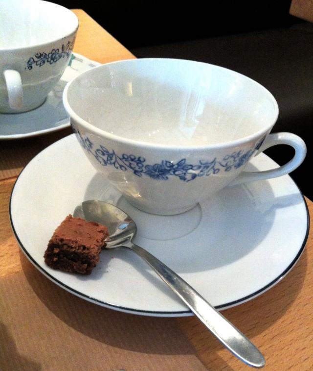 Oma_linsolente_brunch_bruxelles_the_restaurant_salondethe_cafe_saintgilles_5