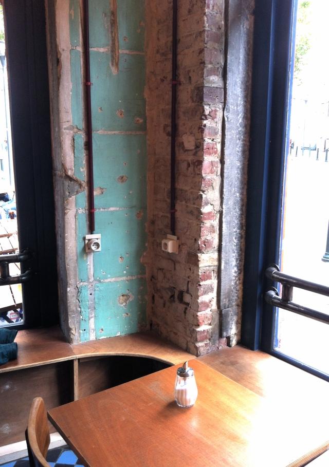 Dillens_bruxelles_bar_restaurant_saintgilles_newyorkabruxelles_apero_ousortirabruxelles_linsolente_5