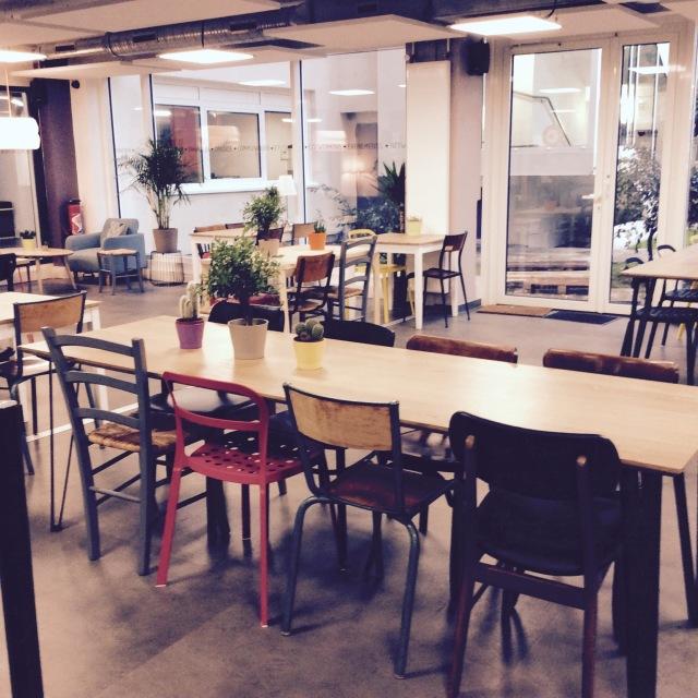 l-anti-cafe-coffee-shop-cafe-coworking-coworkspace-paris-linsolente-3