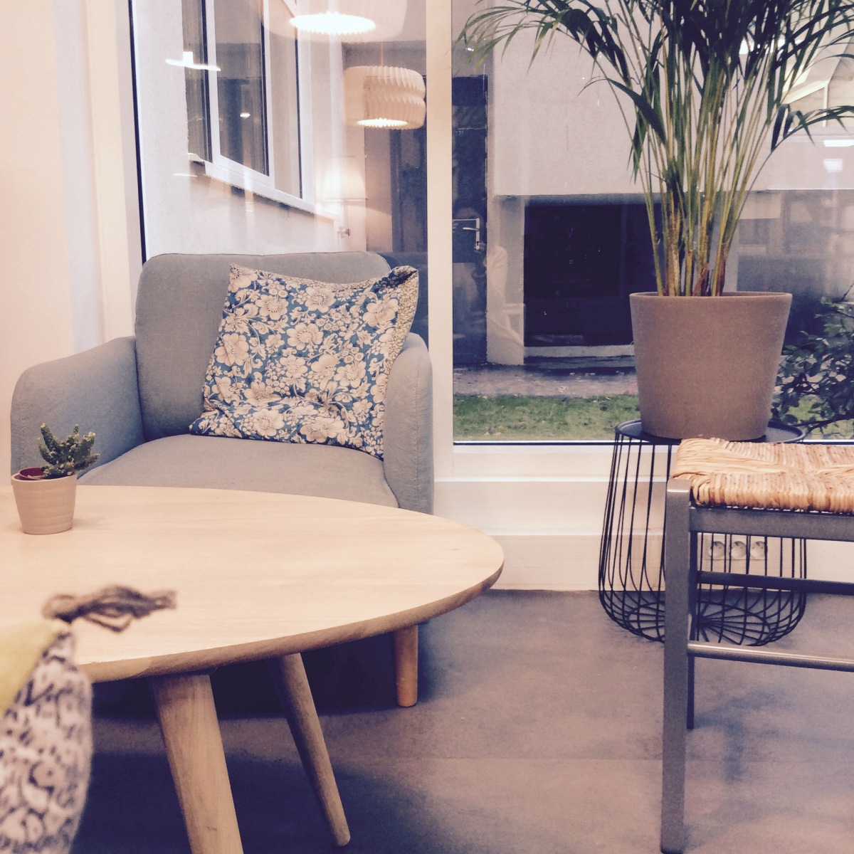 l pour l anticaf 3 nouvel espace de coworking l 39 insolente. Black Bedroom Furniture Sets. Home Design Ideas
