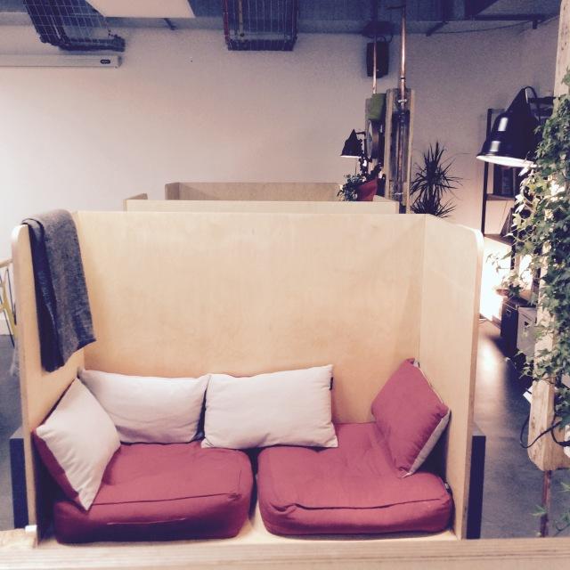 l-anti-cafe-coffee-shop-cafe-coworking-coworkspace-paris-linsolente-7