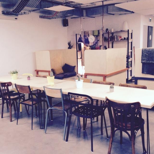 l-anti-cafe-coffee-shop-cafe-coworking-coworkspace-paris-linsolente-8