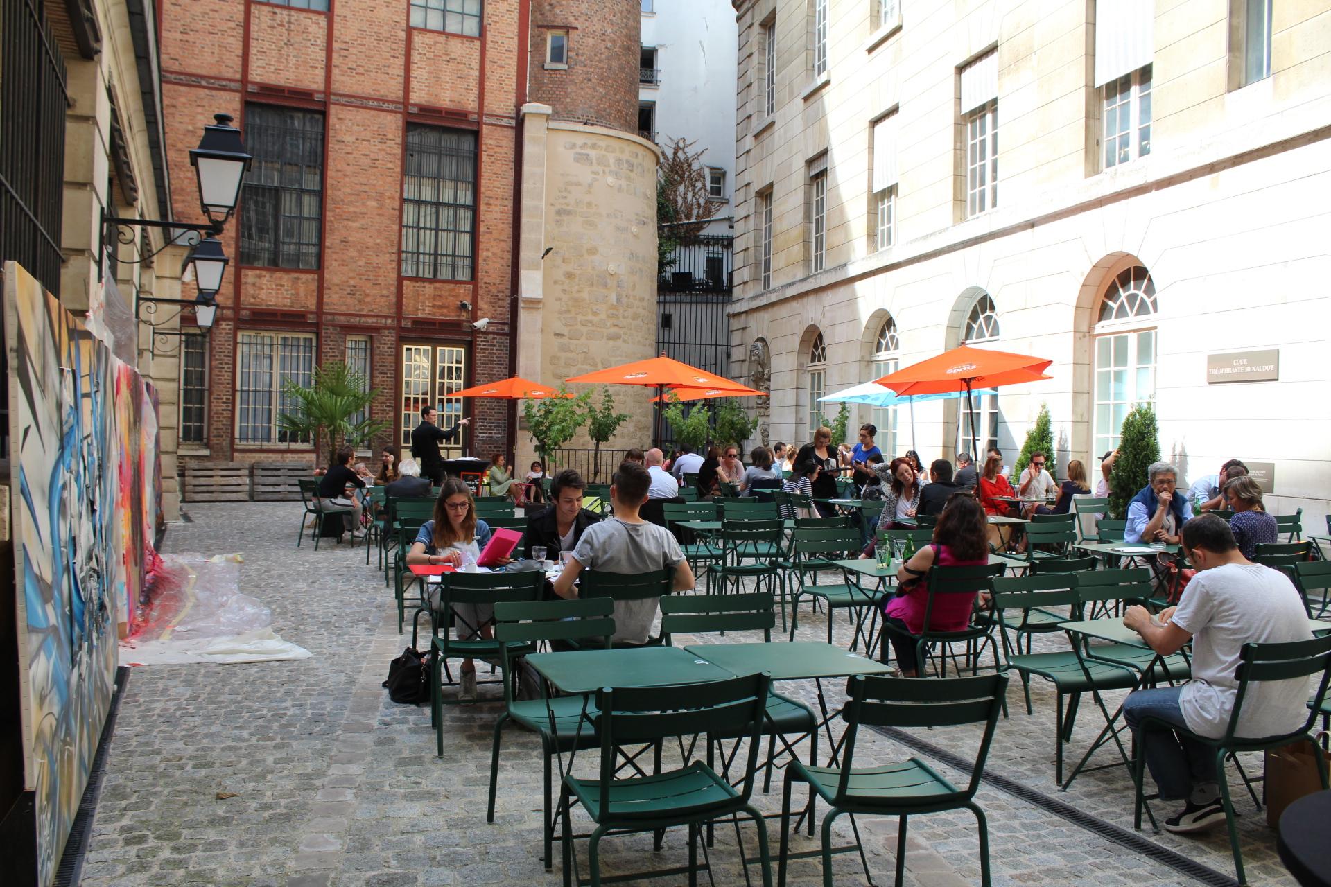 Bon plan l 39 insolente - Terrasse jardin marais villeurbanne ...
